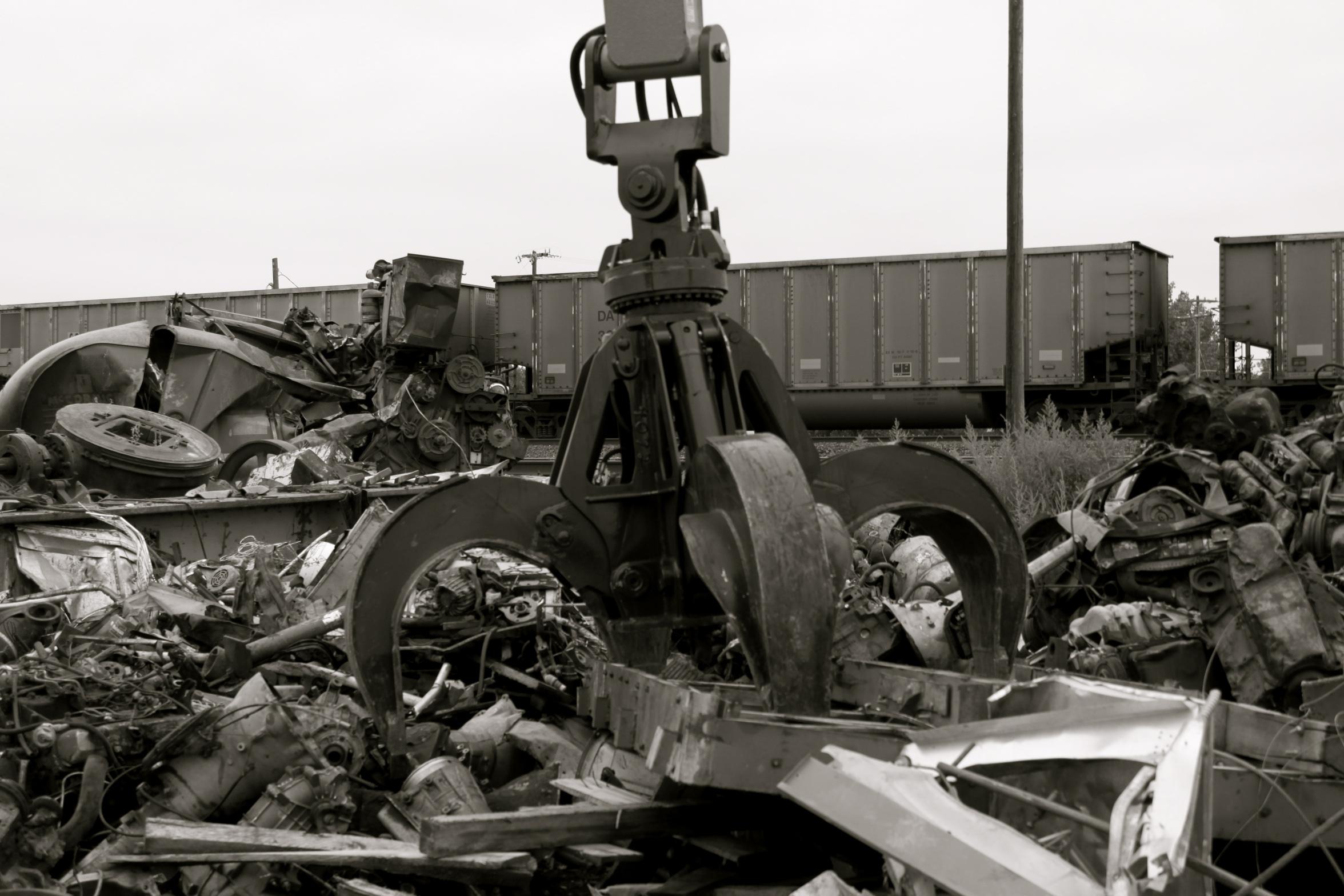 metal scrap yard recycling