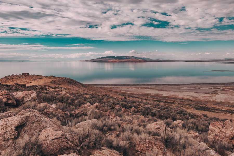 Lake with view in Salt Lake City, Utah
