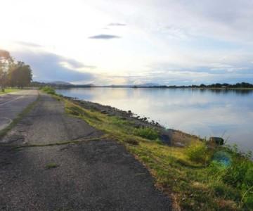 Bike trail in Kennewick, Washington