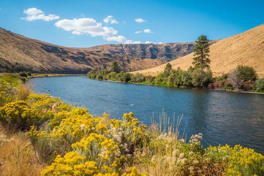 River headed towards Yakima, Washington