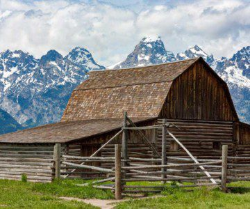 Barn in front of Wyoming mountain range
