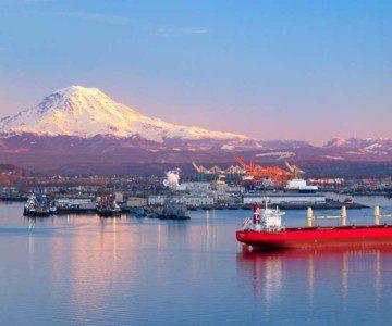 boats on dock outside of Tacoma, Washington mountain behind